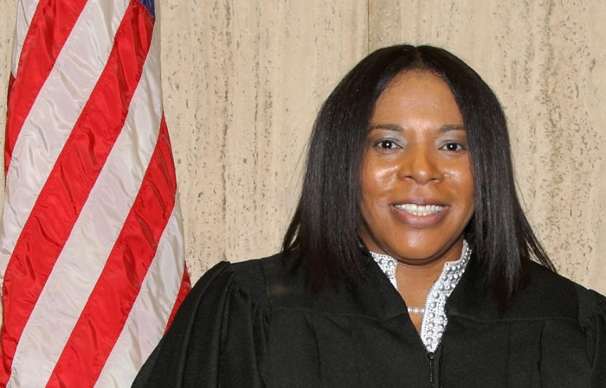 ALICIA WASHINGTON SWORN IN AS JUDGE FOR 10TH JUDICIAL CIRCUIT