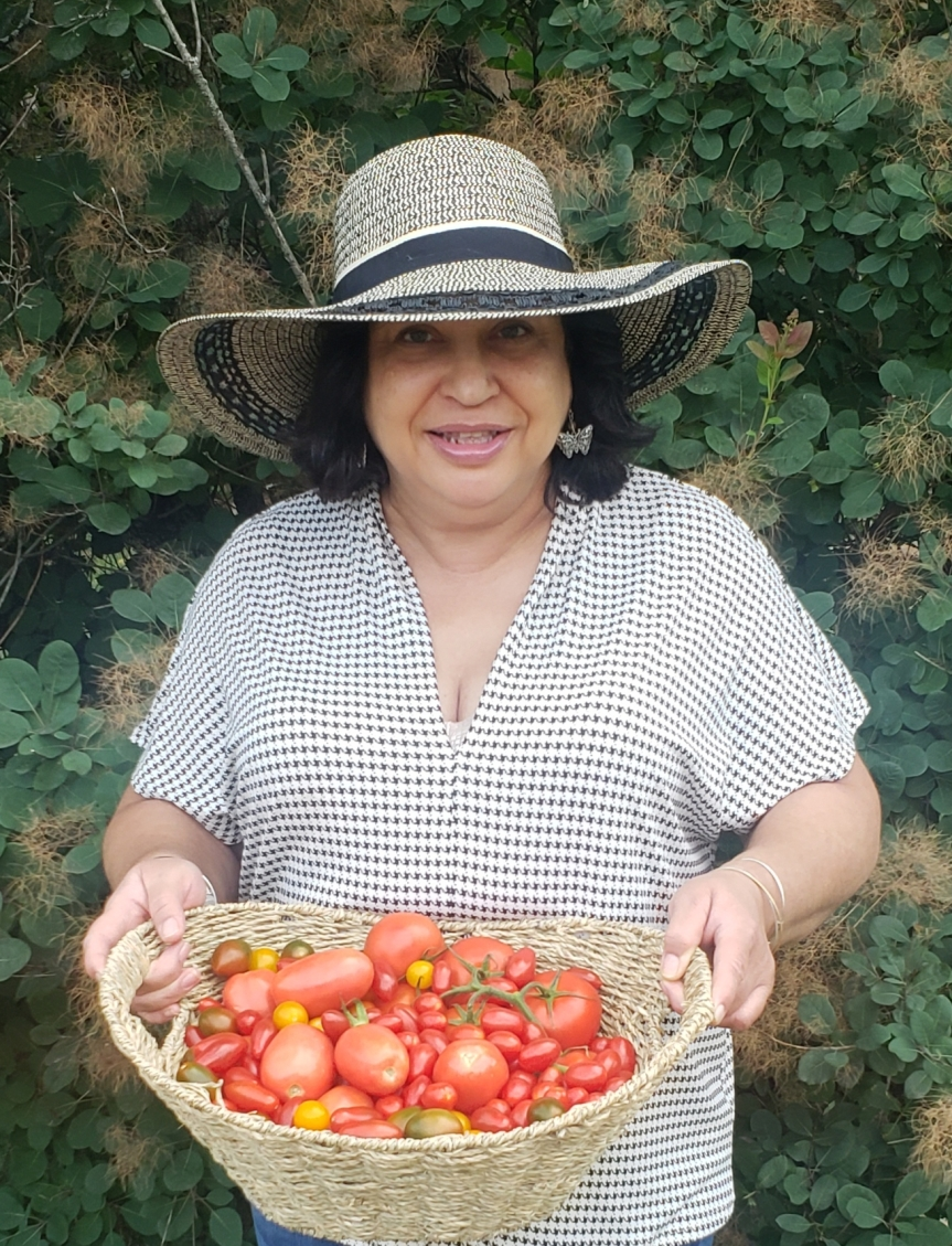 A Toast to the Tomato! Tasty Garden Goodness by Candy Webb